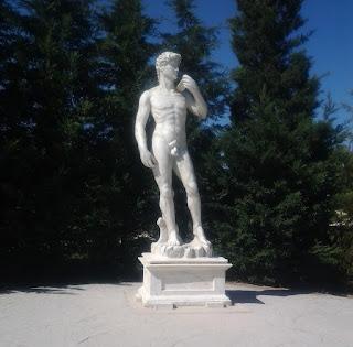 Reproducción del David de Miguel Ángel, Parque Europa