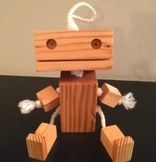 http://www.todomanualidades.net/2014/08/como-hacer-robot-madera/