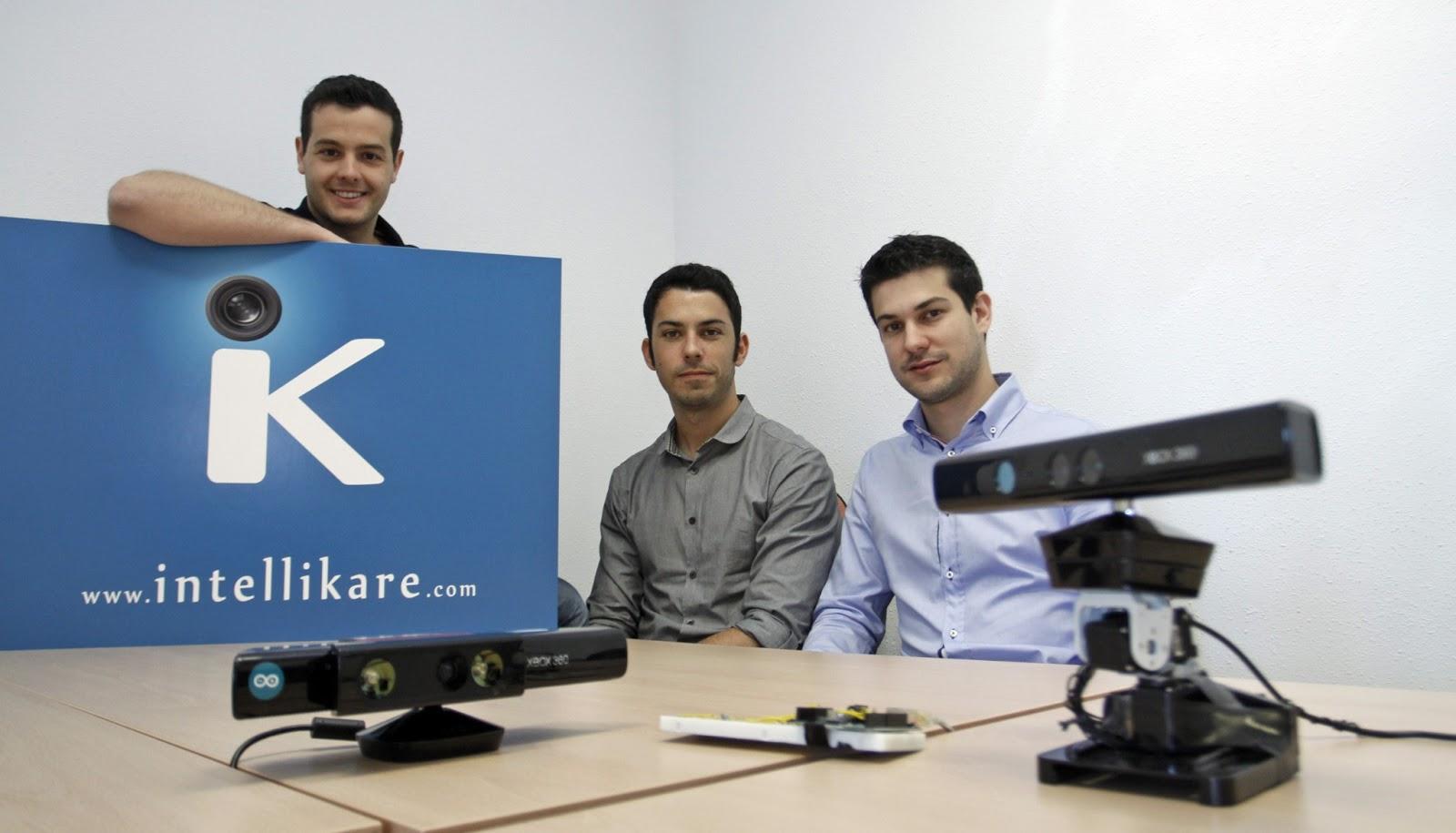 De izquierda a derecha: Miguel Vela, Luis Pérez y Francisco José Sanz, tres de los miembros del equipo de IntelliKare