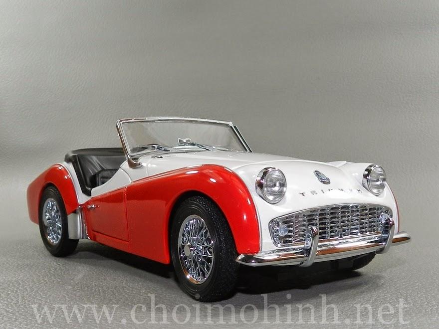 Triumph TR3A 1957 1:18 Kyosho
