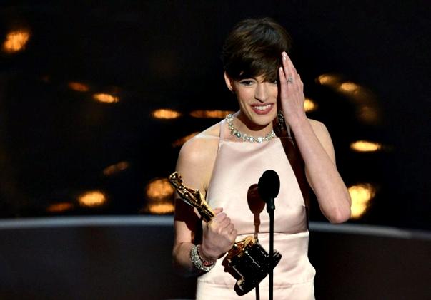 Oscars 2013 Anne Hathaway
