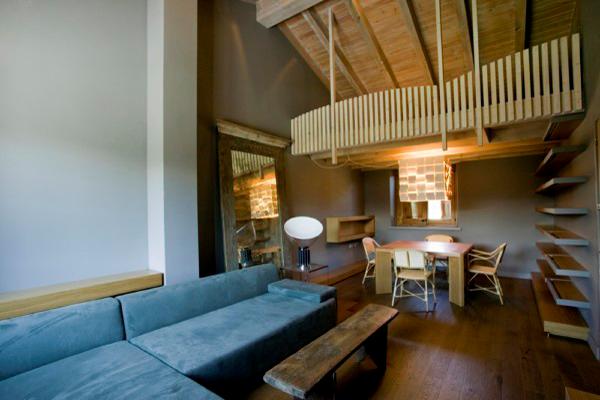 Marzua de verdad es una casa de monta a alfons tost for Disenos de interiores rusticos