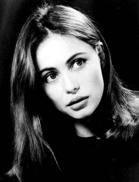 ACTRICES: Emmanuelle Beart