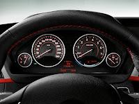 2013 BMW 3-Series (F30) 335i Sedan Sport Line: Interior Details: Instruments Panel (DashBoard)