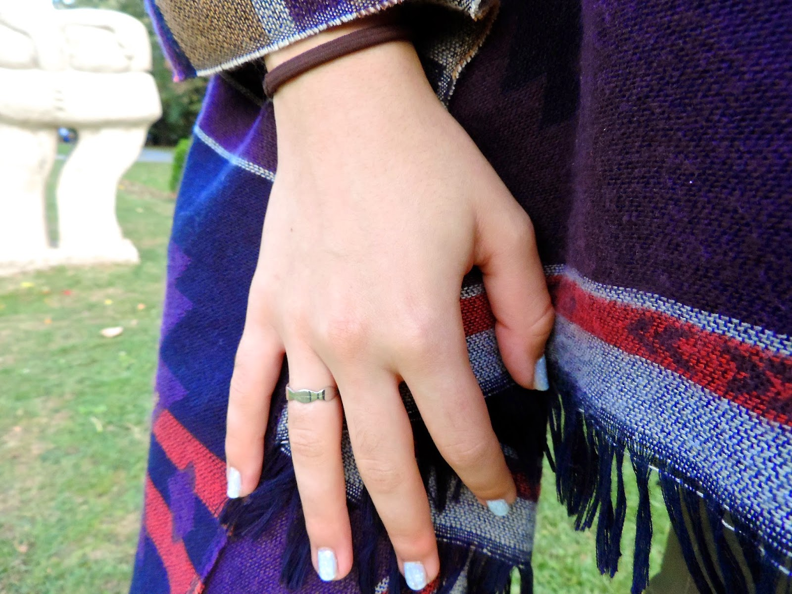 Outfit details with Malvensky infinity ring