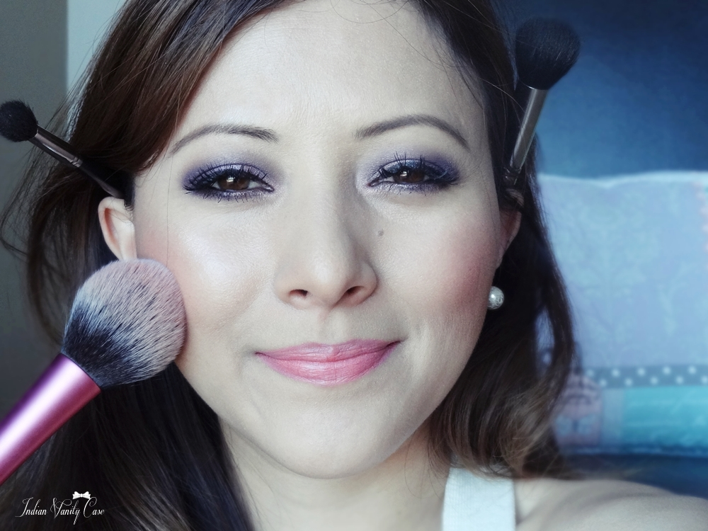 Indian Vanity Case: How To: Blush, Bronzer, Highlighter