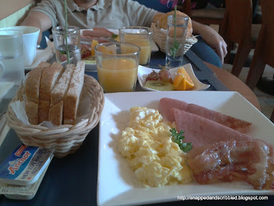 Cafe France: Coffee, Food and Everything French