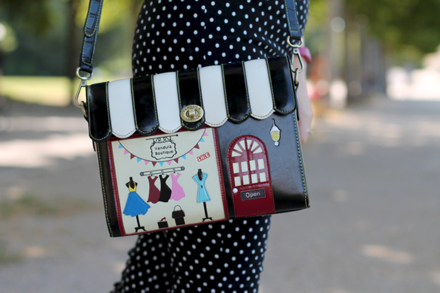 Vendula London boutique bag