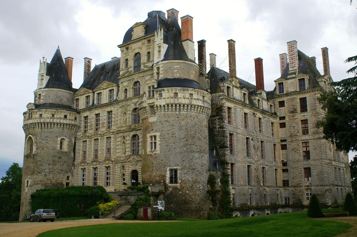 Chateaux De La Loire  Le Chateau De Brisssac