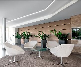 Metal y luz iluminaci n y dise o iluminar oficinas y for Oficinas y despachos madrid
