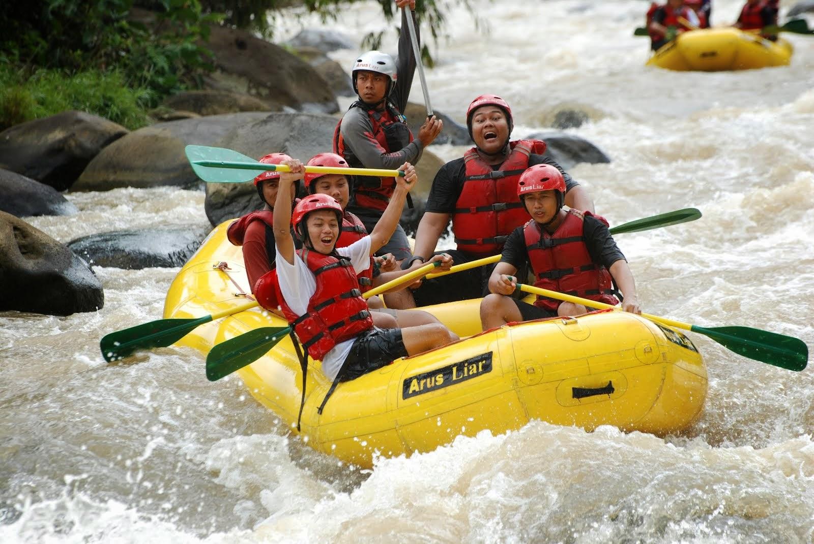 Sungai Citarik Tempat Rafting Di Jawa Barat