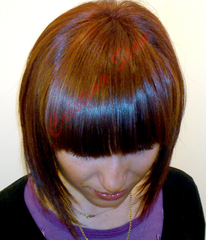 Efter-5-Kort-Frisyr-Kvinna-Bobfrisyr-2011-Harfarger-Nya-Utseende