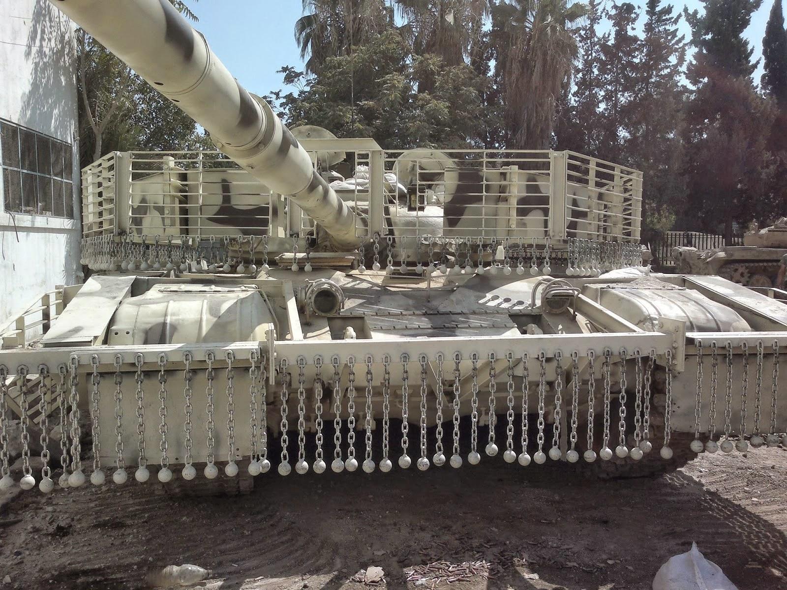 الوحش الفولاذي لدى قوات الجيش السوري .......الدبابه T-72  1900236_1488631034740191_1565676346207914823_o