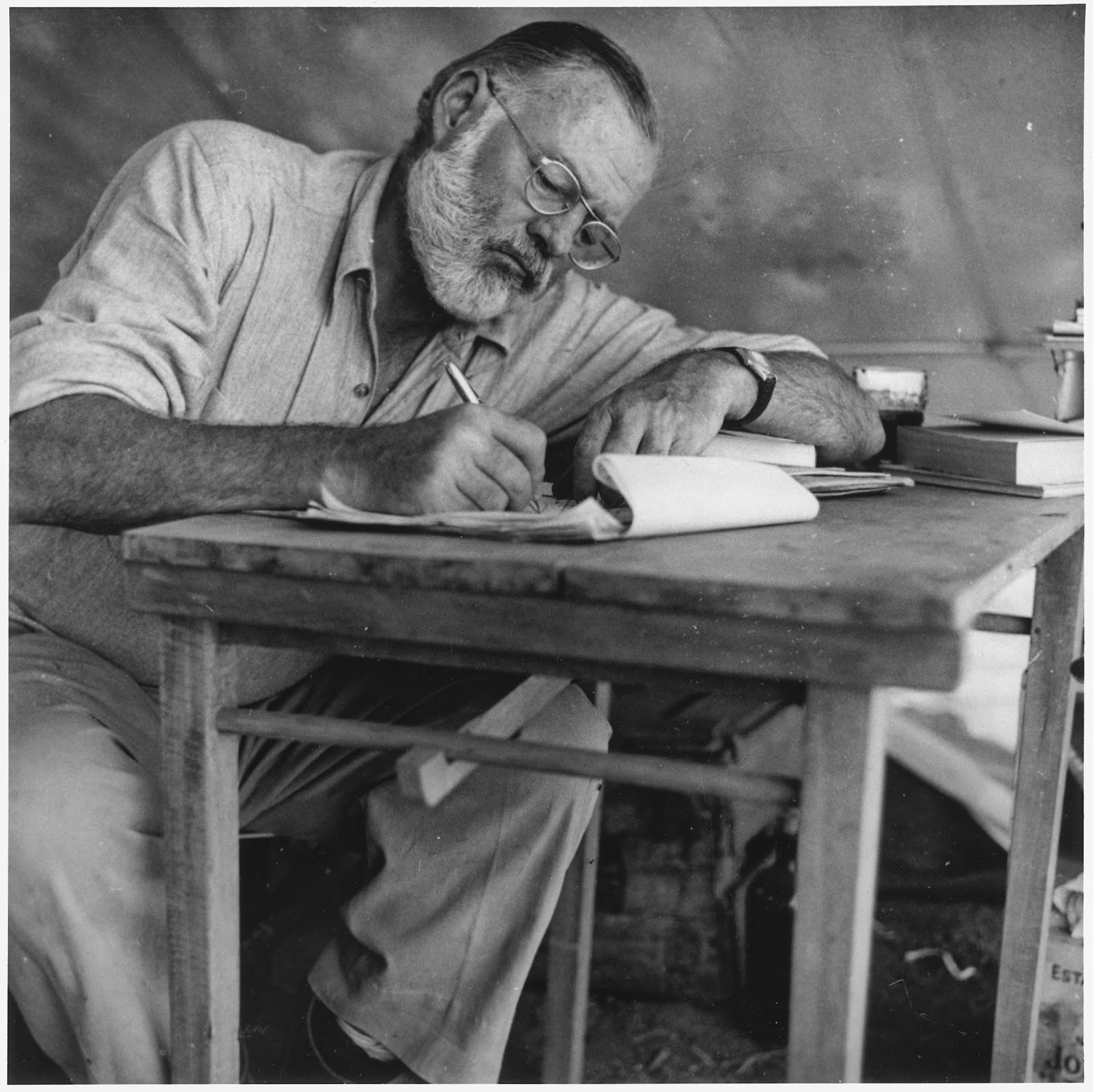 Ernest Hemingway Una Vida Intensa Blogs De Culturamas # Muebles Gautier Espana