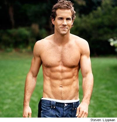 Ryan Reynolds Jeans on Esta Foto De Ryan Reynolds Sin Playera Y En Jeans