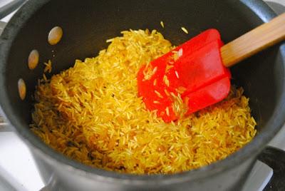 Как приготовить рис рассыпчатым желтым