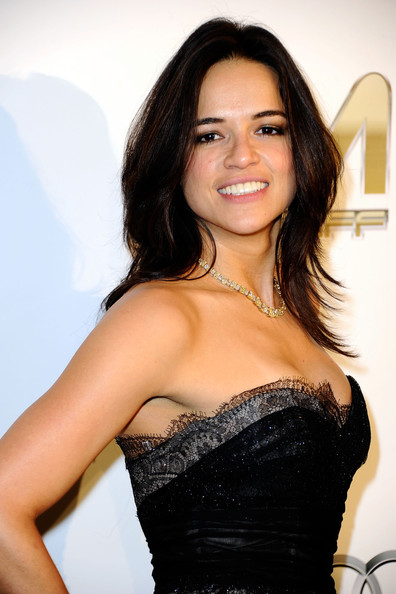 Michelle Rodriguez Profile, Biography And Pictures-Wallpapers
