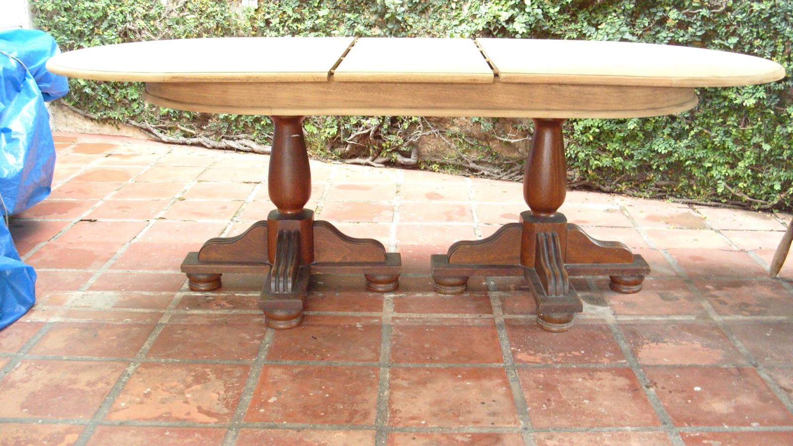 Após lixar a madeira foi tingida com Veladura um tingidor de verniz  #088CC3 1600x900