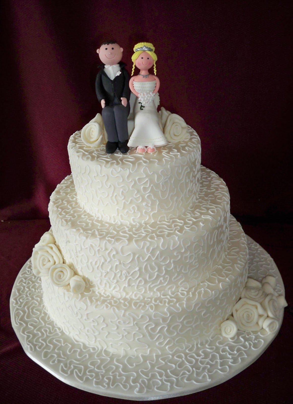 3 tier wedding cake with cornelli piping elisabeth 39 s wedding cakes. Black Bedroom Furniture Sets. Home Design Ideas