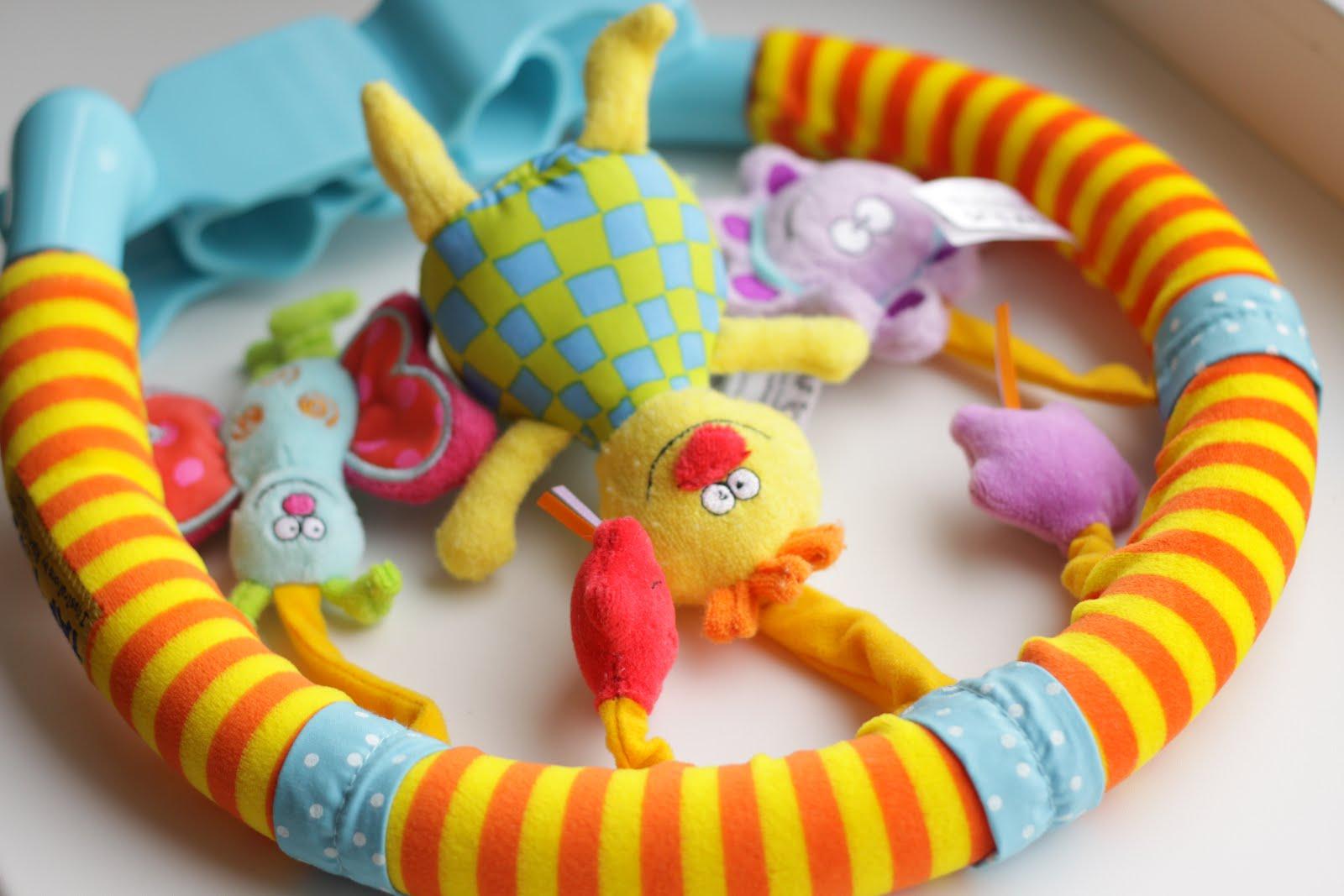 Игрушки для новорожденных своим руками
