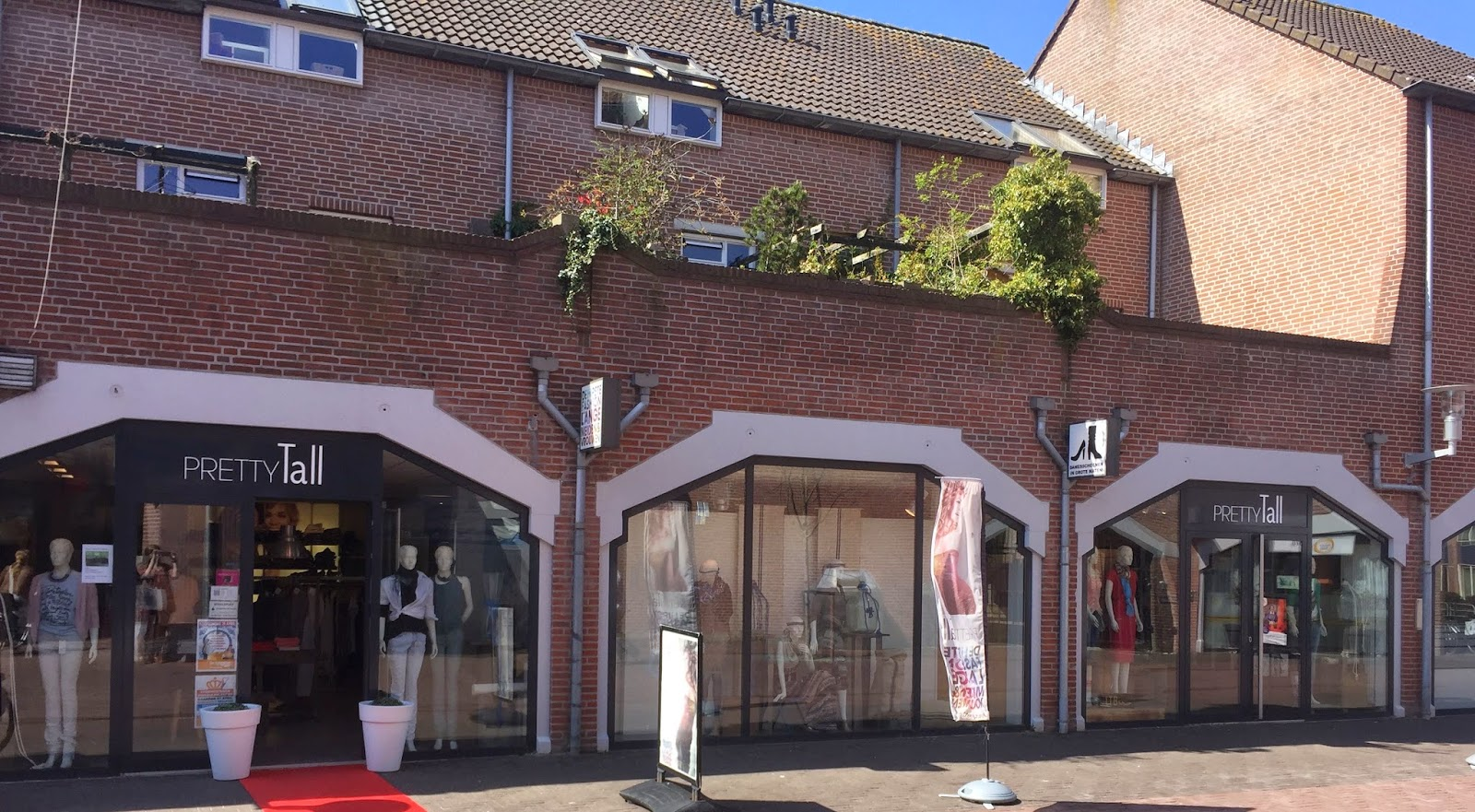 Tall Shopping in The Netherlands
