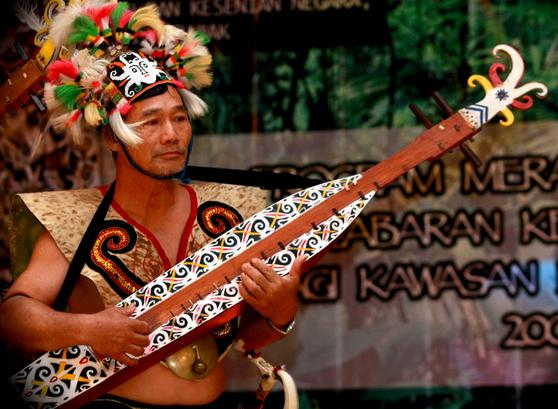 indonesian musical instrument west borneo
