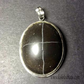 batu cincin tapak jalak hitam