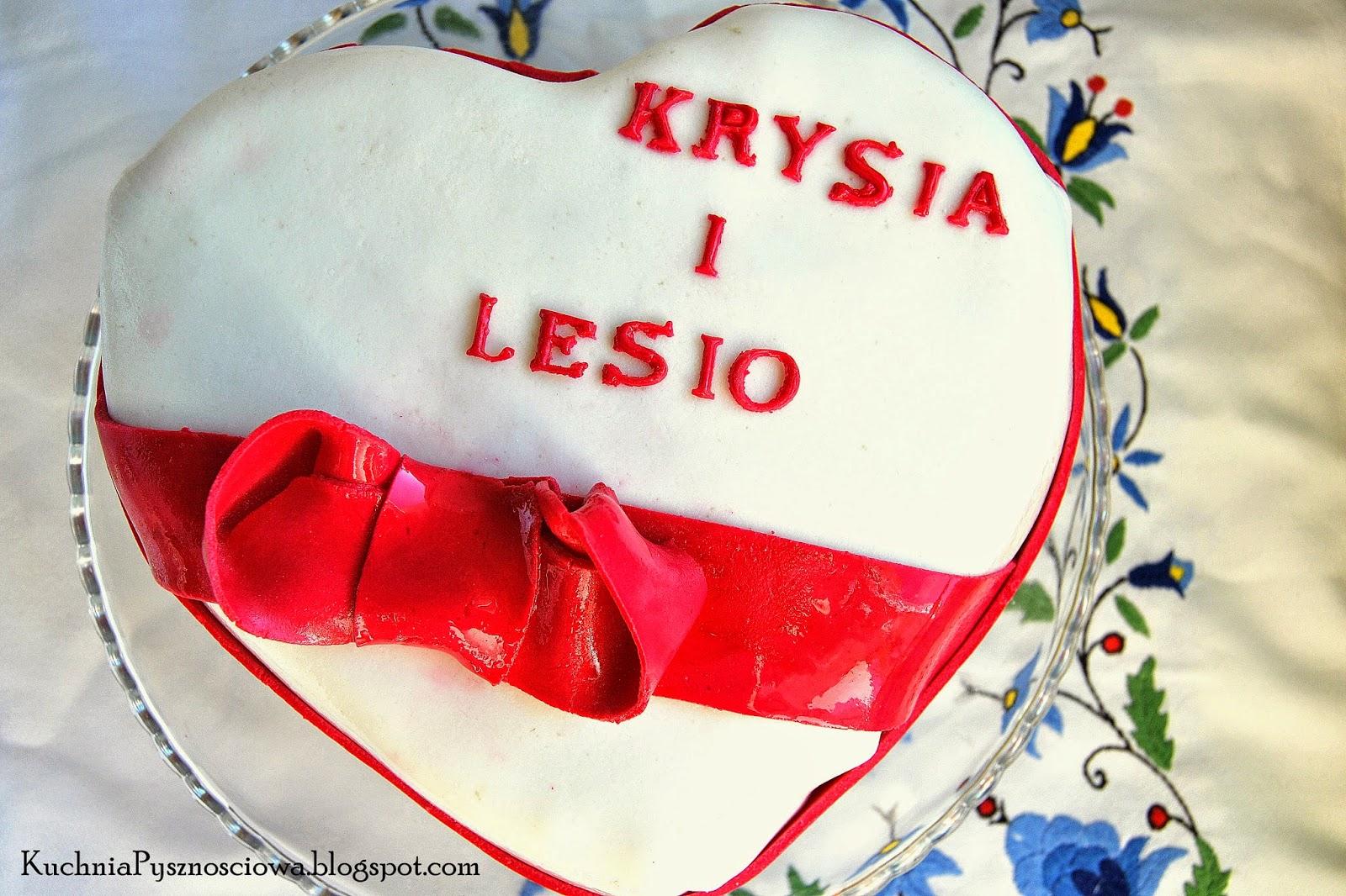 Tort z sercem na rocznicę ślubu rodziców