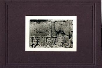 """Gajah & Satria"" (12,5 X 9 Cm)"