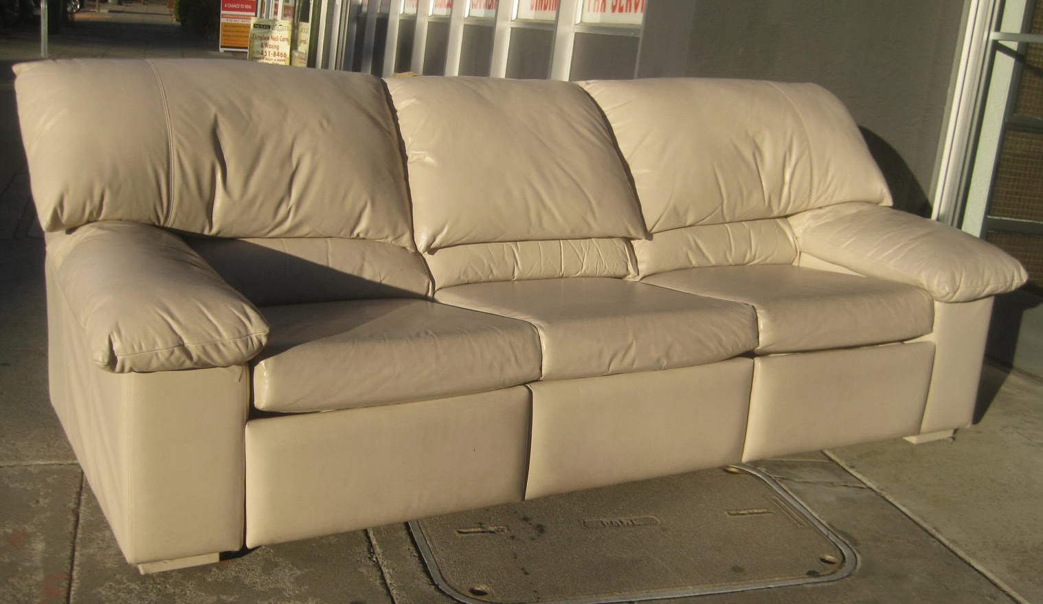 Uhuru furniture collectibles sold leather sofa w for Sectional sofa with reclining ends