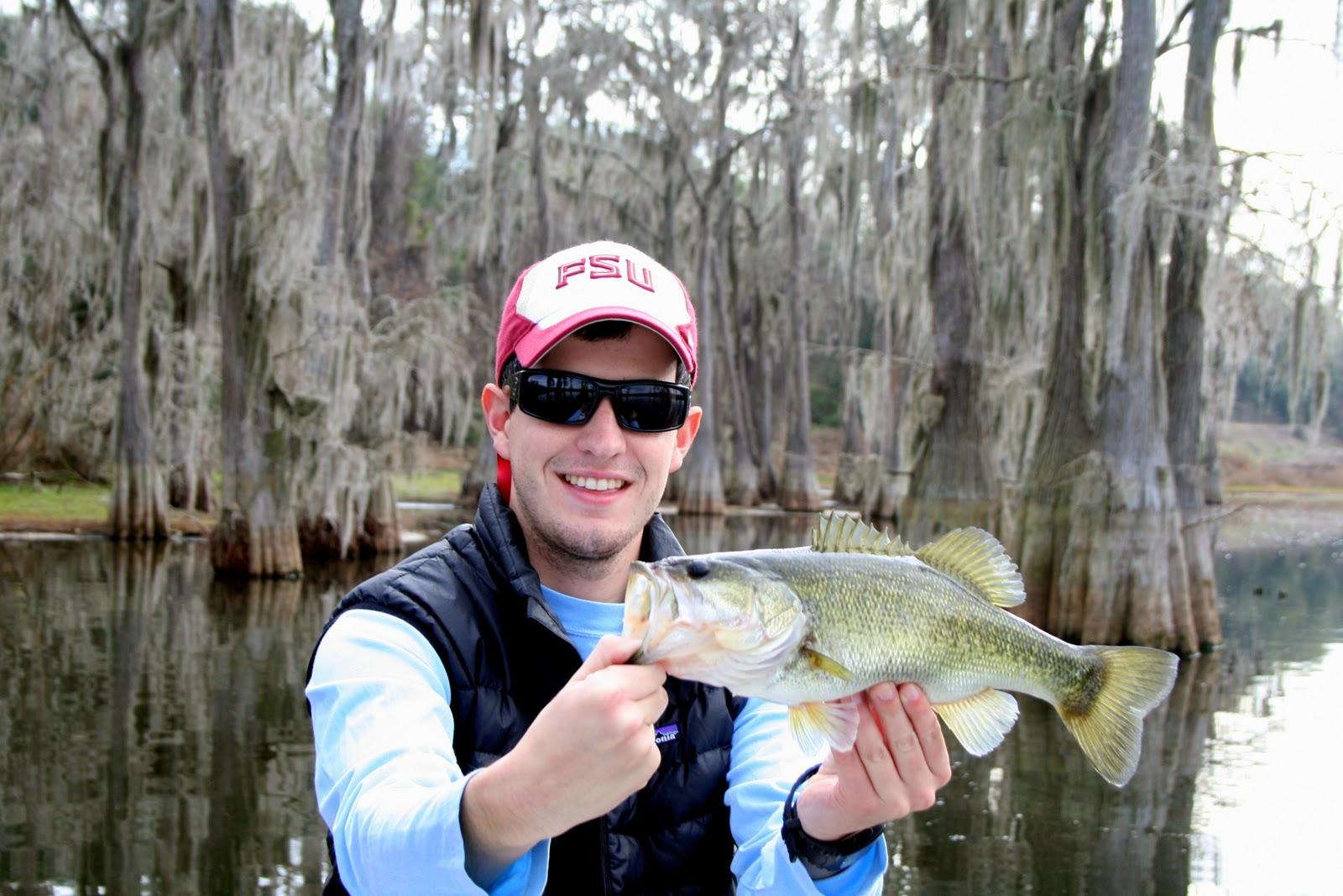 Florida gheenoe fishing febuary bass fishing in northwest for Bass fishing washington