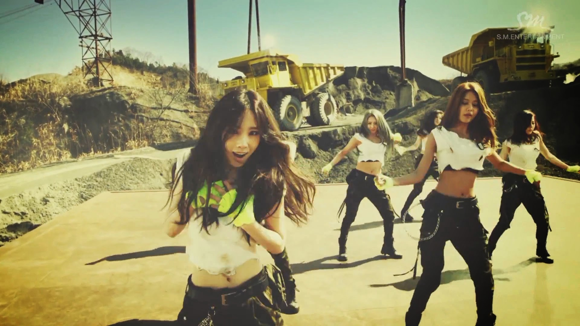 Girls' Generations' Taeyeon in Catch Me If You Can MV