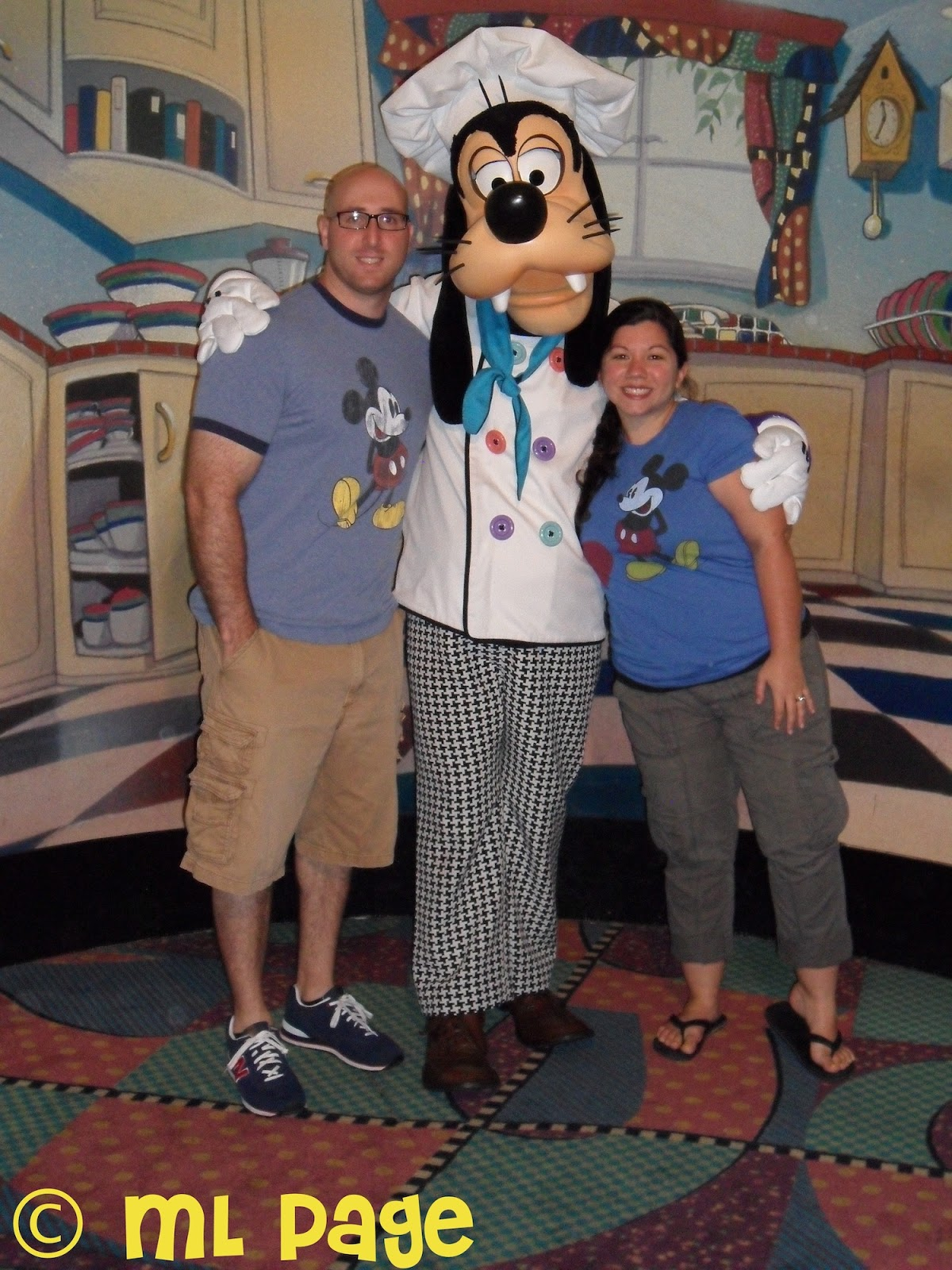 Picturing Disney 2 Line Review Goofy S Kitchen