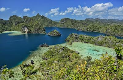 Paket Wisata Raja Ampat Terlengkap dan Termurah 2016 Papua Barat