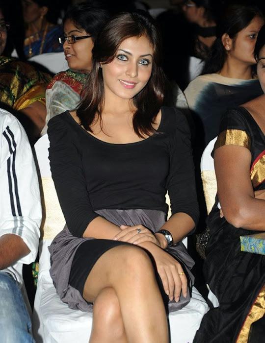 madhu shalini new fashion looks latest photos