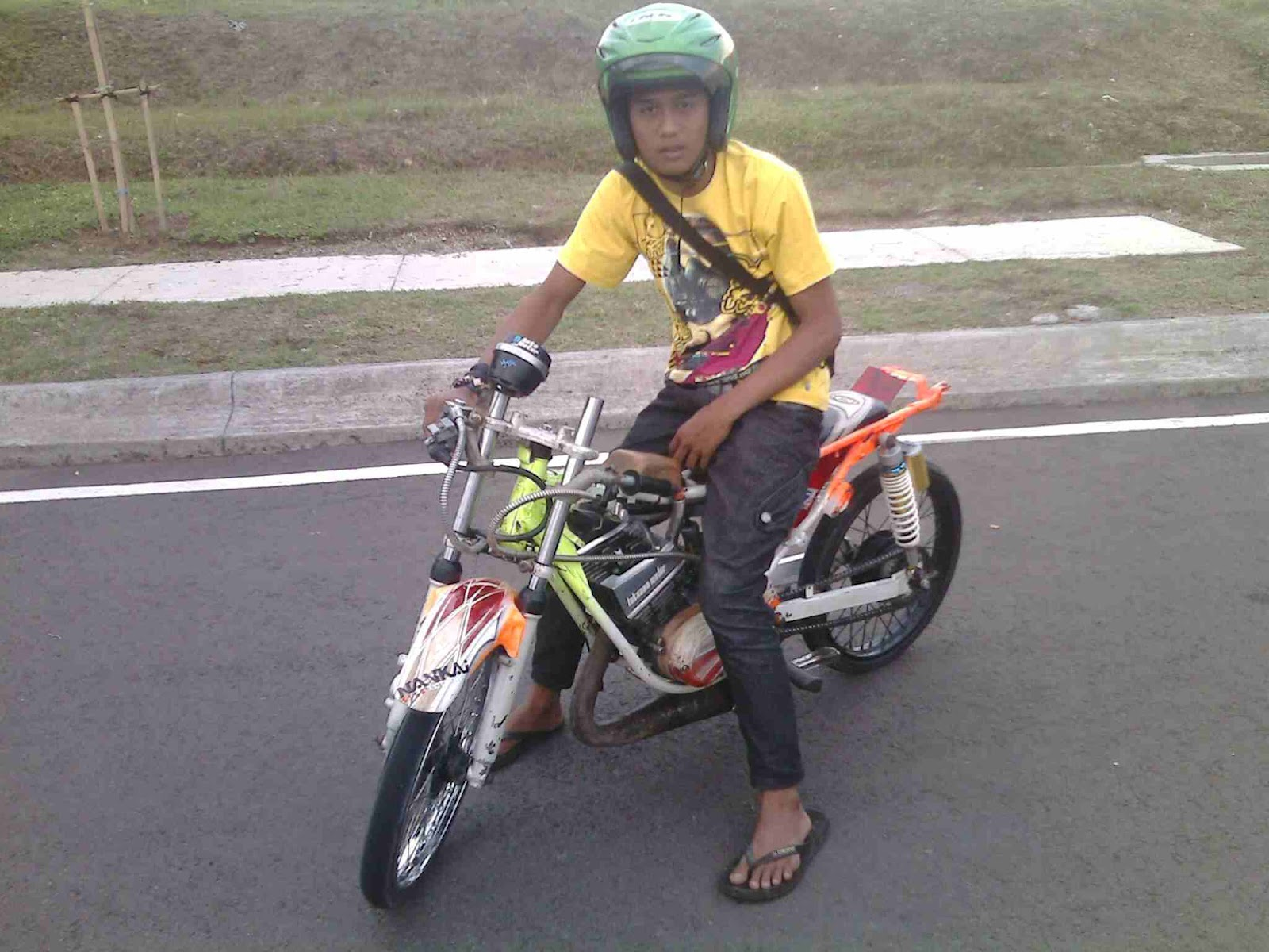 Drag race dan modifikasi Rx King title=