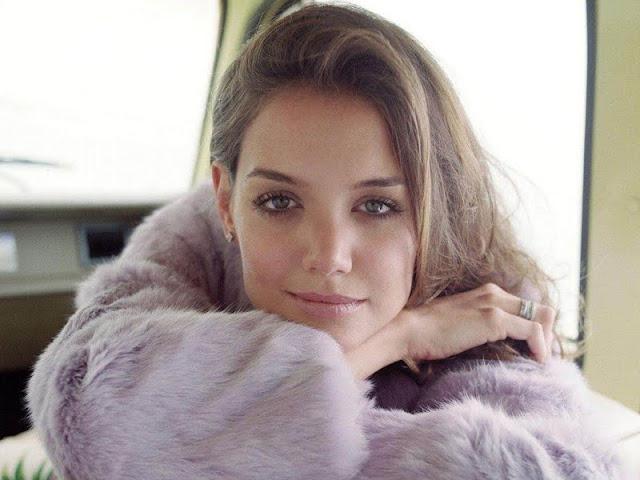 Katie Holmes Photos 2011