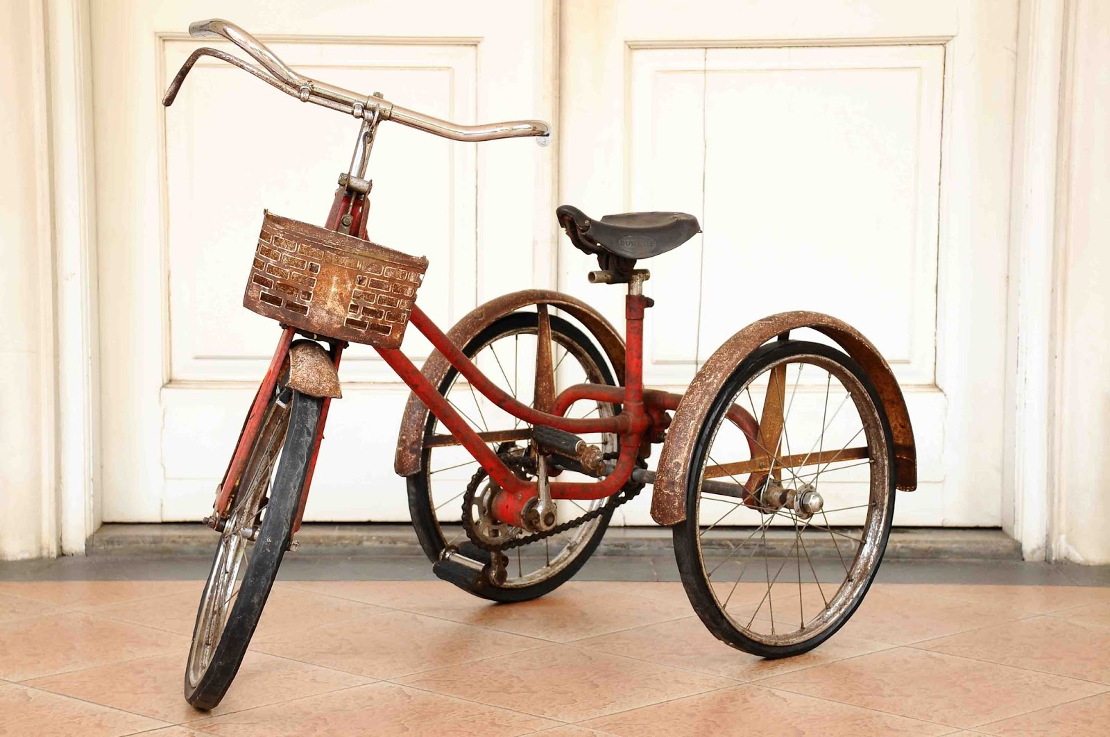 Makers Of Antique Tricycles : Old vintage gallery raleigh tricycle made in
