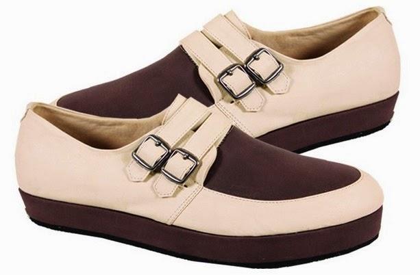 Sepatu Wedges Cream Coklat CBR Six