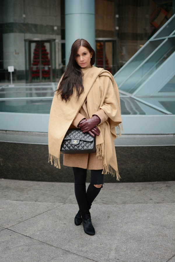 LamourDeJuliette_Cape_Over_Coat_Jacket_Outfit_FashionBlog_001