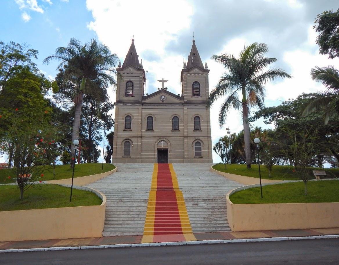 Igreja Matriz de Bueno Brandão.