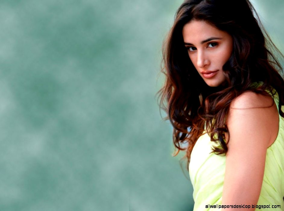 1024x768px wallpapers of nargis -#main