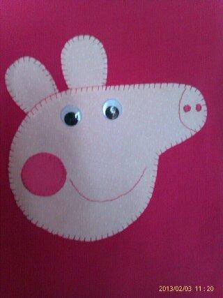 Camisetas PEPA PIG Disponibles en camisetas y en toallas de playa o ducha