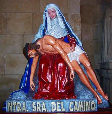La Virgen del Camino de la hermandad de María del Dulce Nombre, tras ser retocada en el año 2003. Foto G. Márquez.