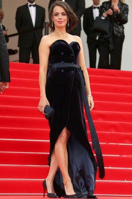 Bérénice Bejo in a black Alexis Mabille gown with Chopard jewellery at Cannes 2014