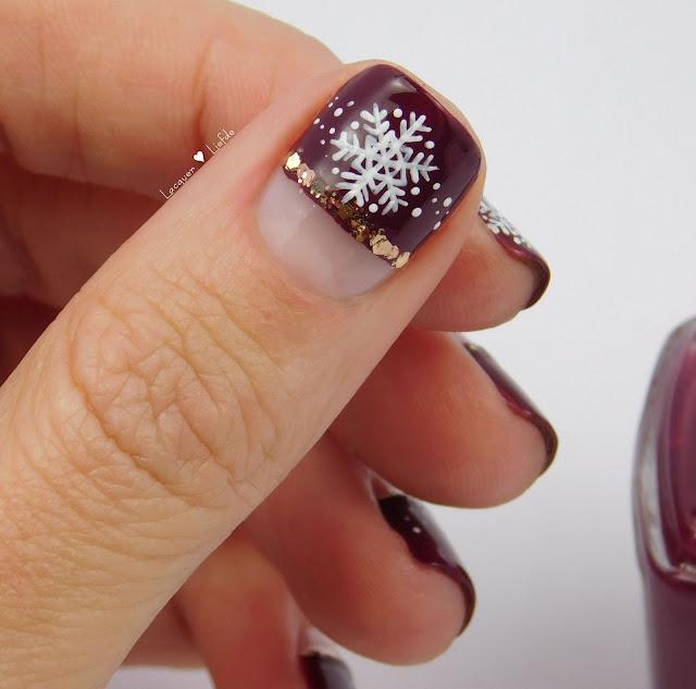 Essie Half Nail Mani Winterdesign mit Schneeflocken