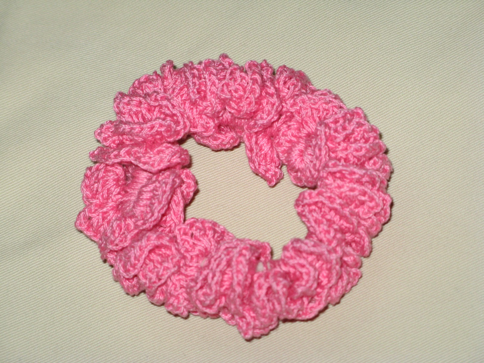 Crochet Hair Scrunchie : Creat - E - witty Unleashed: Crochet hair scrunchie