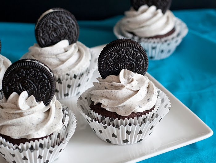 recipe oreo cupcakes annie s eats what you need cupcakes 24 oreo ...