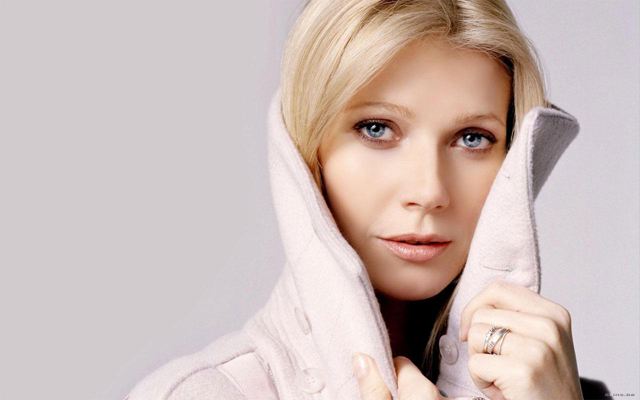 http://3.bp.blogspot.com/-uyG6vhdkM9E/Tmz2oSU7FlI/AAAAAAAAGNU/eHXv6qGPiQE/s1600/Diet-is-not-Balanced-by-Gwyneth-Paltrow-Causes-Osteopenia.jpg
