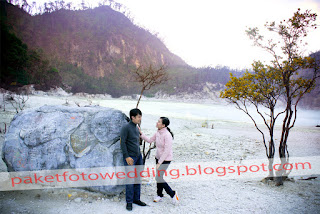 foto prewedding outdoor terbaik